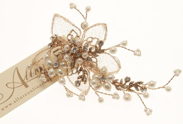 Chic Gold Floral Detailed Pearl & Crystal Hair Clip