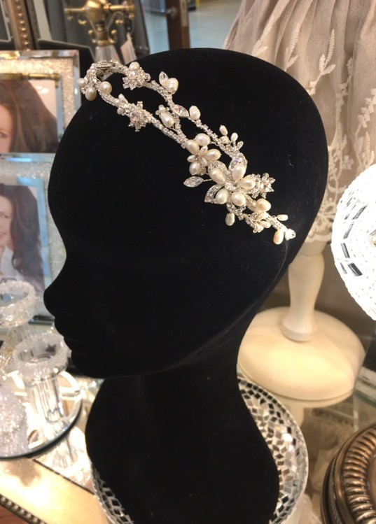 Exquisite Bridal Clear Swarovski Crystal & Freshwater Pearl Headpiece