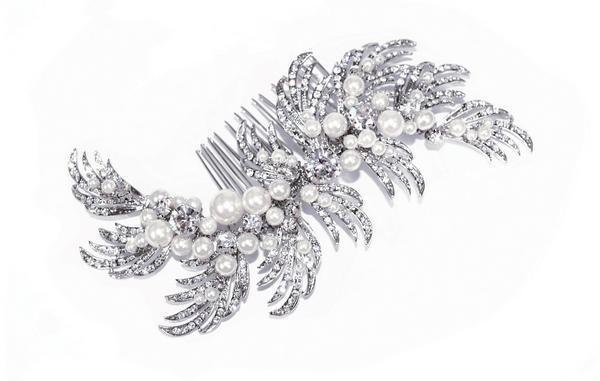 Eye-Catching Bridal Clear Swarovski Crystal Hair Comb