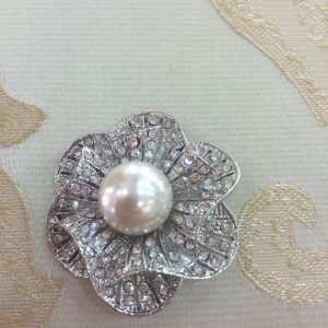 Small Flower Brooch with Crystals and Pearl
