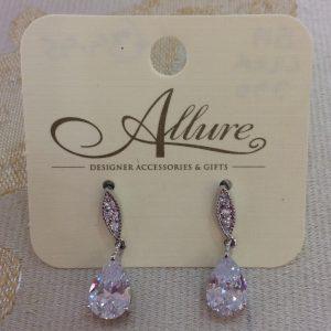 Dainty Crystal Teardrops Earrings
